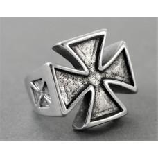 Steel ring: Gothic or Templar cross, 59,1 mm (18.5 mm Ø)