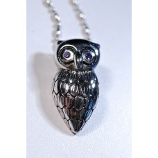 Chain necklace with wise owl