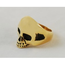 Skull ring in goldtone steel. Various sizes