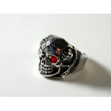 Steel ring: skull with red crystal