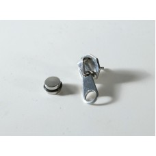 Single earring or piercing in steel: zip